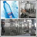 Padrão água mineral linha de produção de engarrafamento