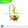 la capa del polvo cesta de frutas de banano con titular de la