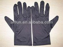 jewellery gloves