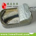 En lata sardinas en aceite vegetal