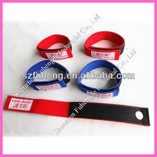 Elastic sports armband
