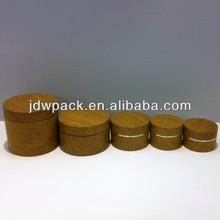 round acrylic jar cosmetic jar with wood spray