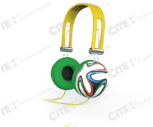 2014 new arrival 3.5mm jack pvc wire headphone with mic for 2014 world cup gifts