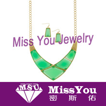 new design green epoxy resin jewelry making for women