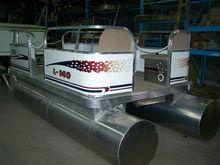ECO Pontoon boat 16 feet long x 6 feet width