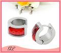 Nuevo diseño! Moda rojo de piedra de cristal de acero inoxidable piercing pendientes magnética