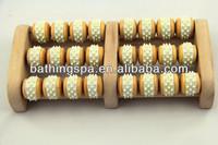 2014 hot seliing wooden foot massage roller