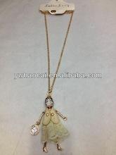 Best selling corrente do ouro boneca de cerâmica colar de pingente