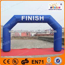 Hunge unquine design custom made inflatable finish gate