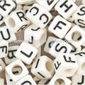 großhandel 6mm weiß würfel aus kunststoff acryl alphabet buchstaben perlen für schmuck machen