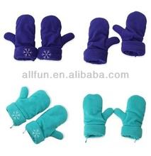 2014 Women polar fleece fabric pattern embroidered gloves