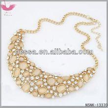 D14017 Unique combination of love pendantIris reticulate necklace