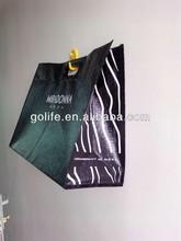 Shinny die cut plastic handle hand bag for shopping