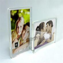 Manufacturer supplies elegant acrylic pen holder with photo frame