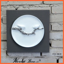 VTCE-060-W Hanging Plate Decorative Wall Art
