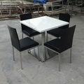 Superfície sólida pedra de mármore mesa e cadeira cafeteria