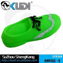 Artículo de la promoción de cuero reluciente zapatos juguete de vinilo vinilo mascota zapatos