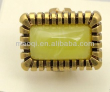 fashion imitaiton jewelry jewellery metal casting with poly resin cab beads ring style