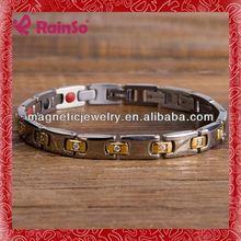 titanio magnetico squisita moda elegante cinturino in pelle bracciali con borchie