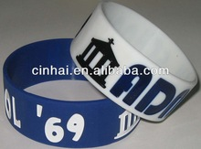all kinds of customized political silicone wristbands in cheap price