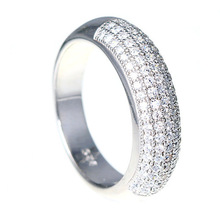 Ring with Round Shape
