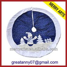Impressão design iluminado azul do boneco de neve de cetim saia da árvore de natal