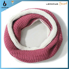 fashion red and white acrylic one circle knitting neck warmer