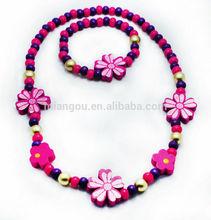 kids' flower necklace and bracelet set
