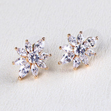 2014 FASHION DIAMOND EARRING CHINA MANUFACTURE CLIP PICTURES OF GOLD EARRINGS