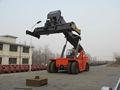 El mejor 45 toneladas de contenedores reach stacker con cummins/volvo motor y transmisión clark