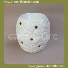 White flower pattern candle warmer and oil burner