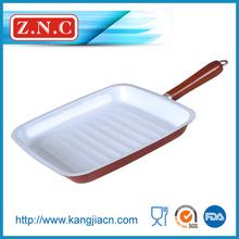 LFGB ceramic coating baking pan with red handle