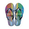 2014 senhoras sandálias e sapatilhas com padrão colorido, apartamento sandália de praia