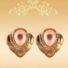 Fashion gold plating unique zinc alloy pearl tear stud earrings