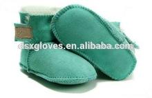 divertido zapatos de bebé hecha en auténtica piel de oveja de cuero