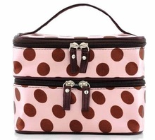Professional cosmetic pouch with mirror