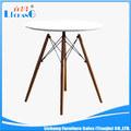 2014 novo estilo de madeira mesa de jantar perna