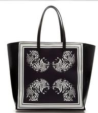 Z60356Z europea printed floral handbag
