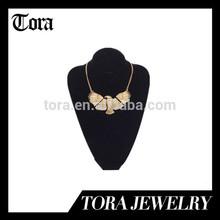 gold hawk necklace, fashion hawk necklae design