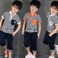 Verão modelo de venda quente kid roupas set o mais novo 2014 estande gola listrada atacado alfabeto impresso casual roupa dos miúdos