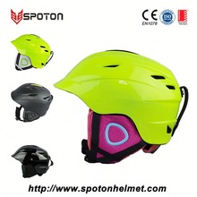children skiing safety helmet