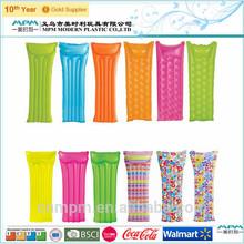Customized Design Inflatable Adults Beach Mattress
