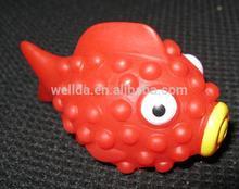 plastic mini fish, red PVC swimming fish bath toys