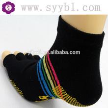 yoga toe socks -Non slip 5 toe ankle socks full toe with grips