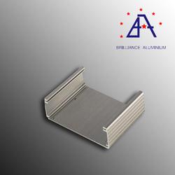 2014 China OEM Brilliance aluminum dog box