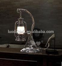 Decorative antique hotel oil desk reading lamps