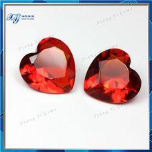 Large glass gems 13x13mm light red heart shaped diamond cut glass gems/ glass manufacturer