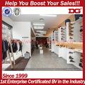 la moda de exhibición de madera zapatos de las señoras de la tienda de decoración de diseño