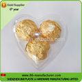 petit récipient en plastique de noël en forme de coeur