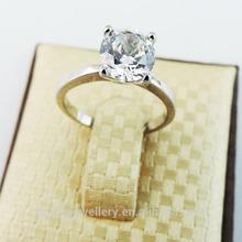The Czech diamond ring elegant female diamond ring
